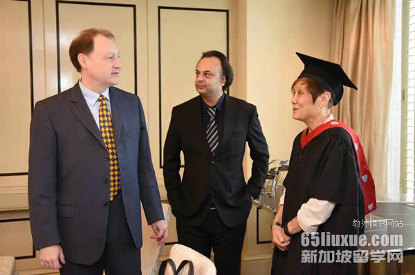 新加坡留学几月开学