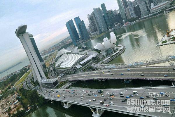 新加坡美术大学什么时候开学