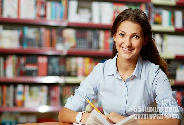 新加坡读同声传译专业学费