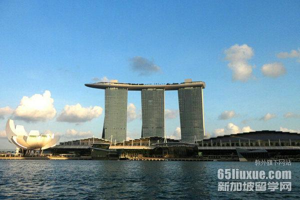 新加坡留学几月份开学